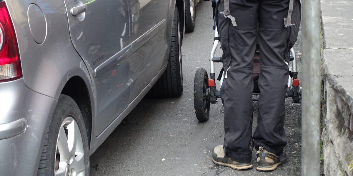 Mit dem Kinderwagen durch die Sanderau - Buendnis Verkehrswende jetzt